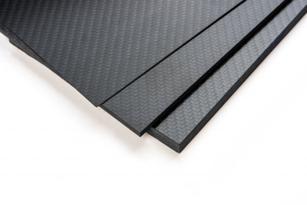 CFK-Platte 310 x 210 x 5 +/- 0,3 mm